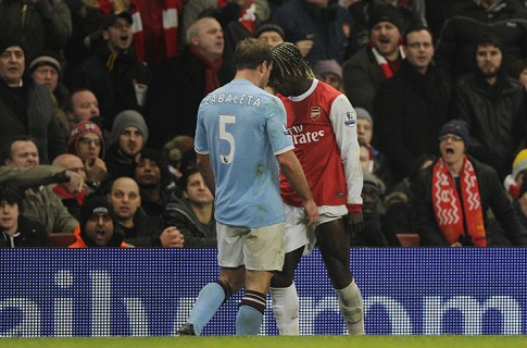 Zabaleta-and-Sagna-clash--014
